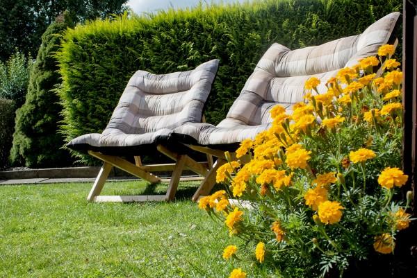 Liegesessel XXL - Relax Liegestuhl aus Kautschukholz - Sonnenliege Gartenliege in 2 Größen