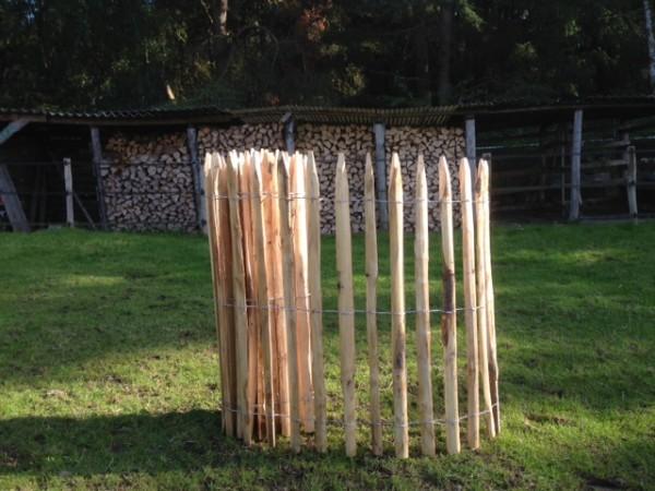Kastanienzaun - Staketen-Rollzaun Kastanie - Bauernzaun Garten Natur Einzäunung
